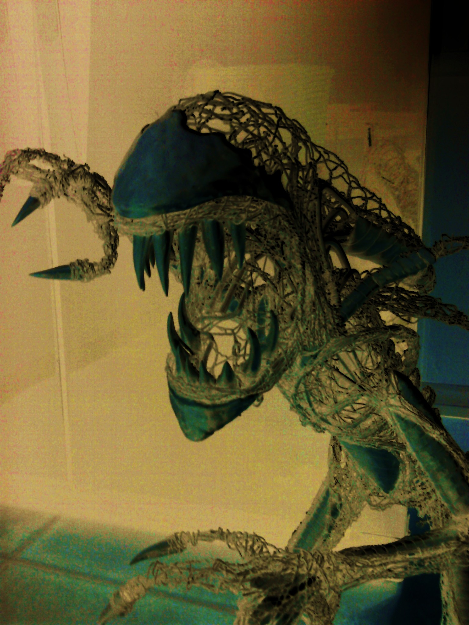 Alien sculpture update11 by braindeadmystuff