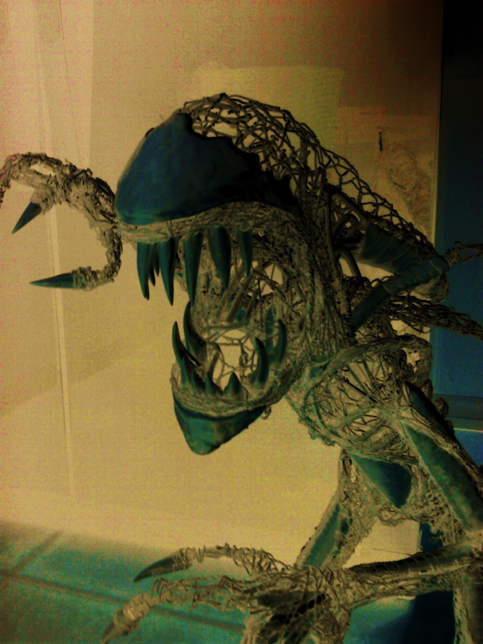 Alien sculpture update11 by braindeadmystuff