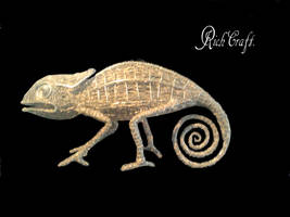 Chameleon wire sculpture