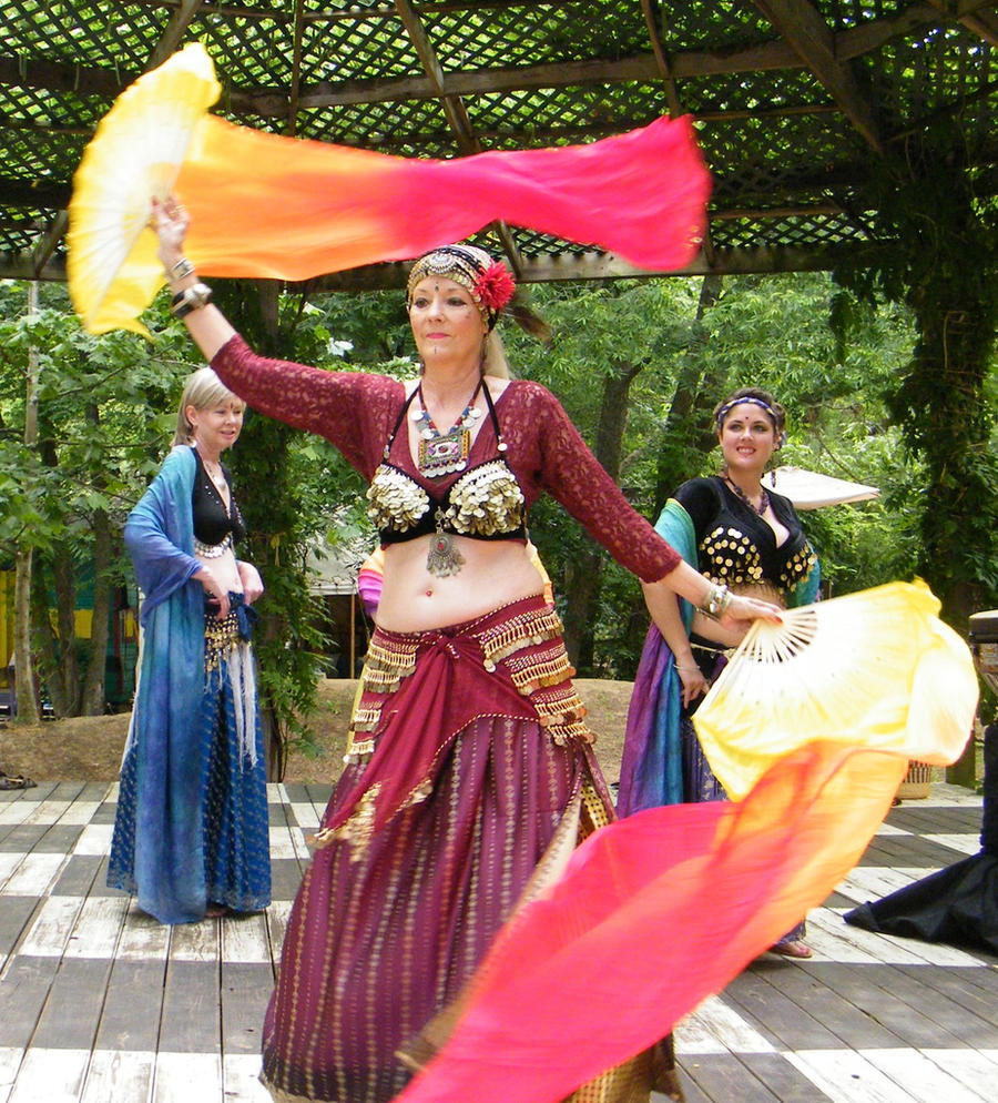 Ren Fest 9 Belly Dancer by wolf74145