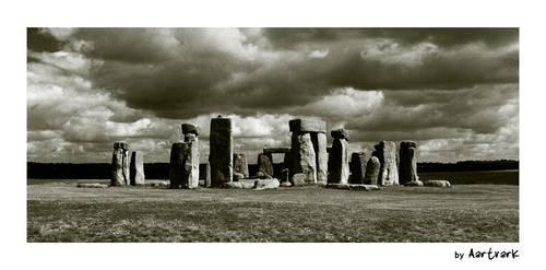 Stonehenge by aartvark