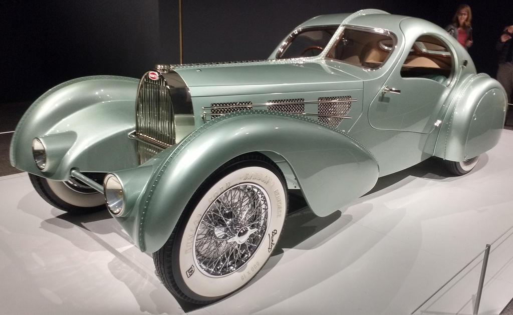 1935 Bugatti by Selamat-Serigala