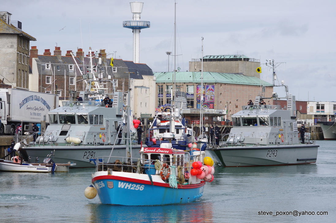 Weymouth Harbour by stevepoxon