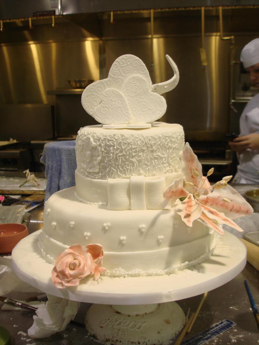 Wedding Cake by EzmasFortune