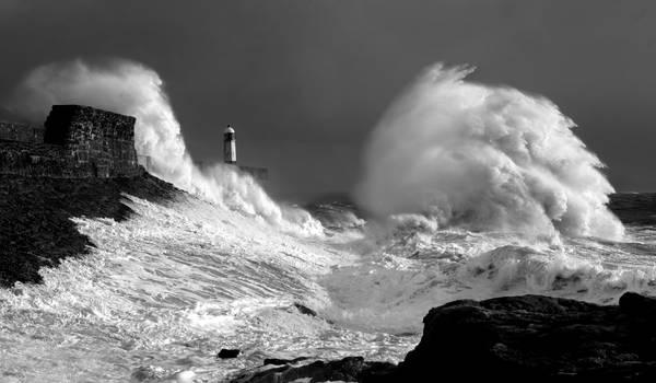 Pier Waves.