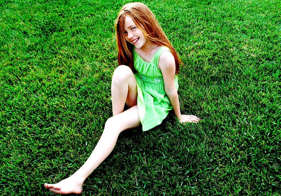 http://img07.deviantart.net/5ba2/i/2010/167/2/3/unforgettable_smiles_by_sprinkle379.jpg
