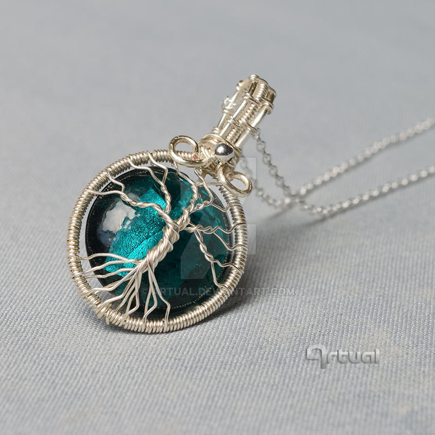 Silver tree of life pendant by artual