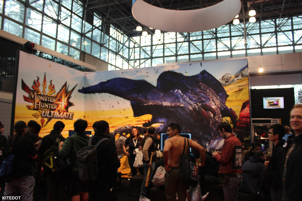 NYCC 2014: Conlife with Monster Hunter 4 by Kitedot