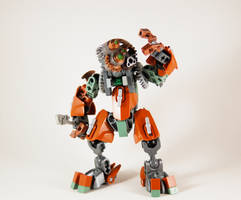 Self-MOC (?) - Onuku, Matoran of Copper by 0nuku