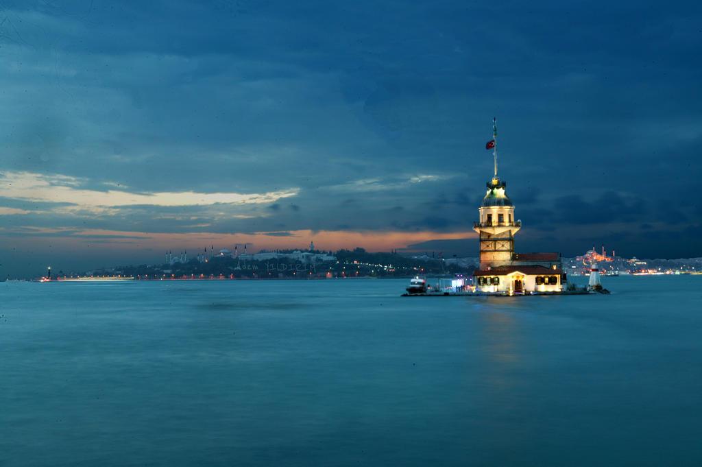 Kiz Kulesi by aDM3434