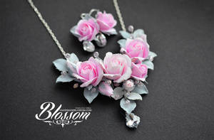 Winter beauty (necklace, earrings) by BlossomHandmade