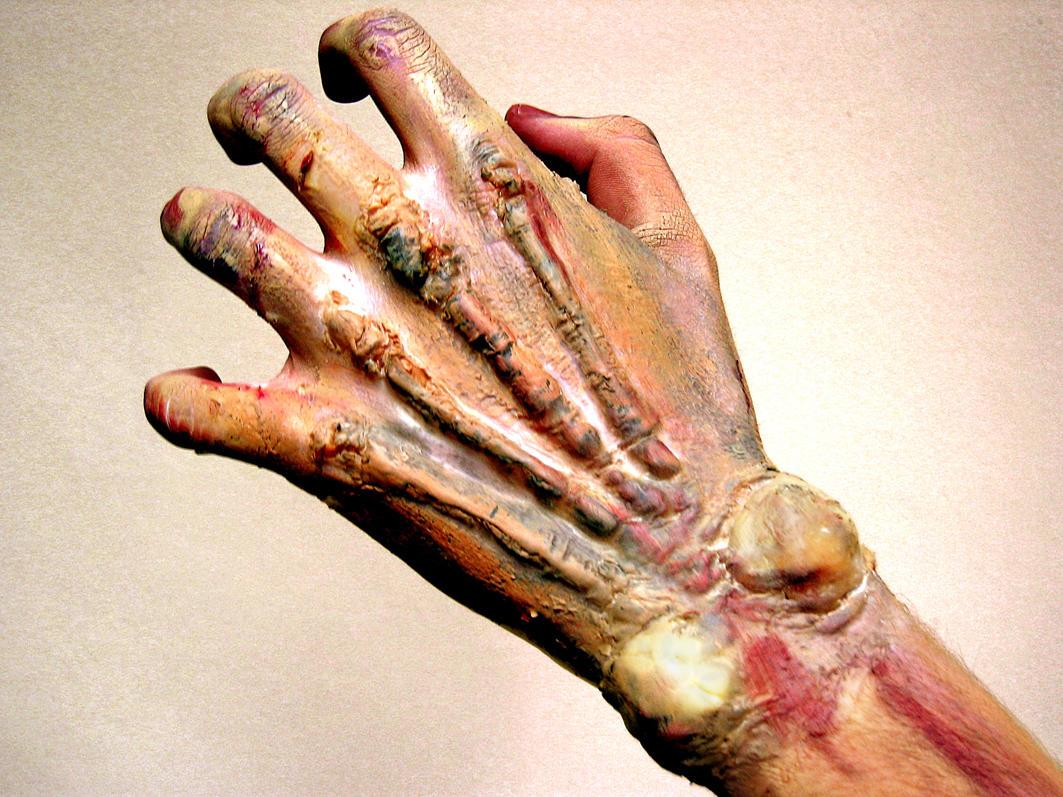 zombie hands left -#main