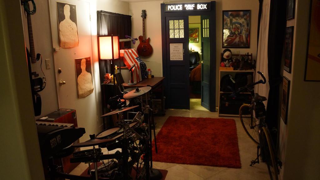 tardis bedroom door 03 by thedaleofthedead on deviantart