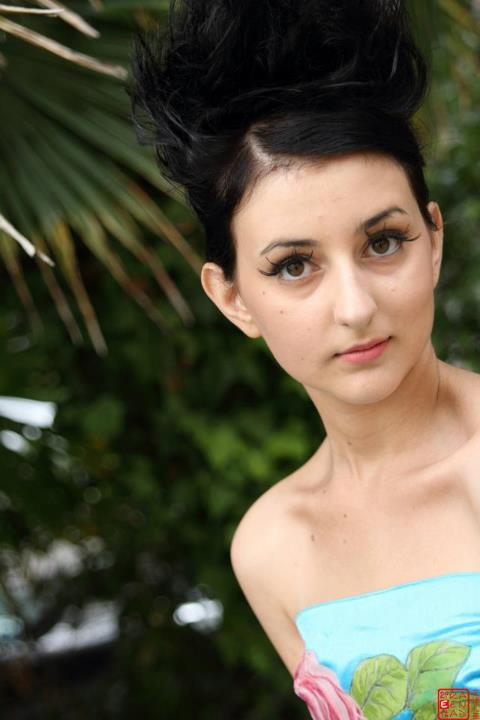 RomanceEuforia's Profile Picture
