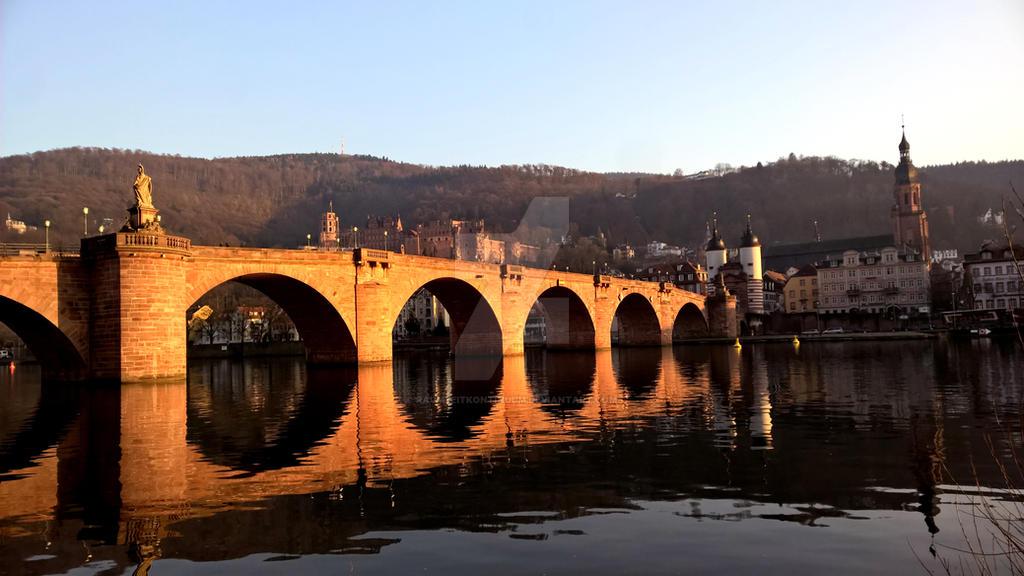 Old Bridge Heidelberg. by raumzeitkontinuum