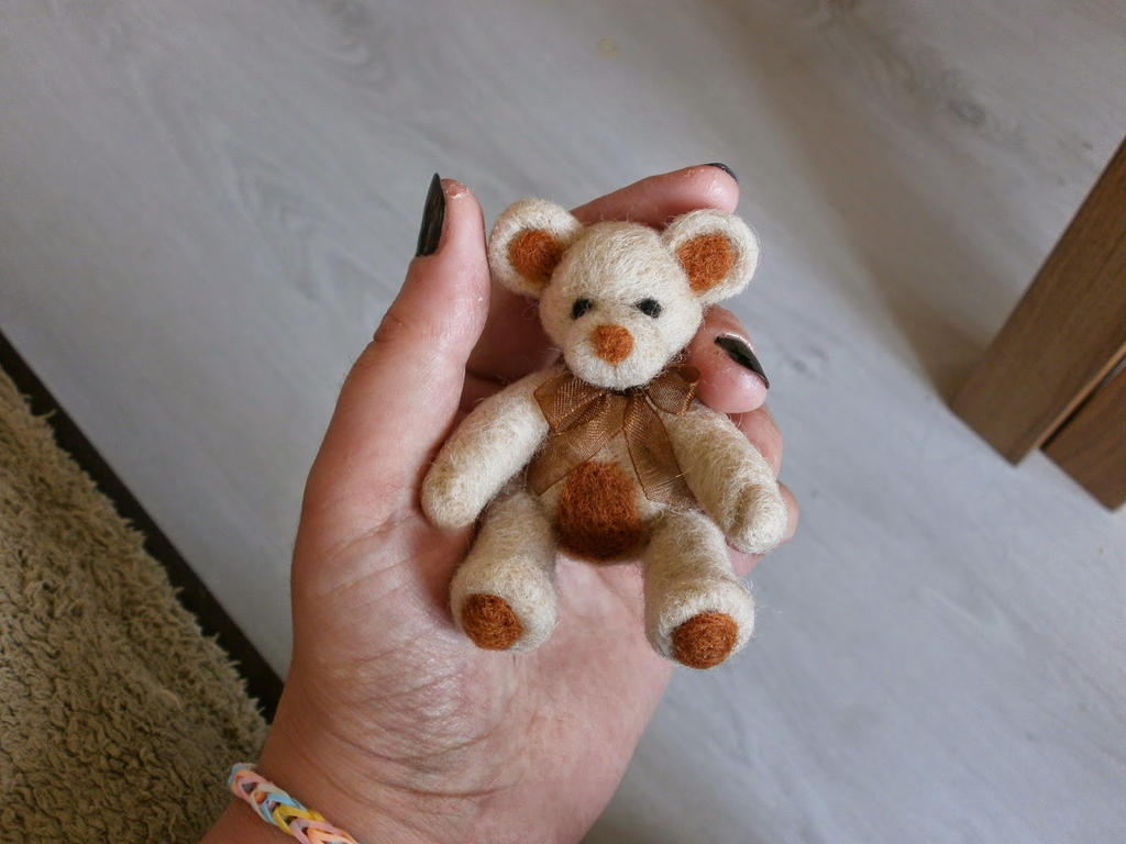 Needle felted Teddy by Azjalove