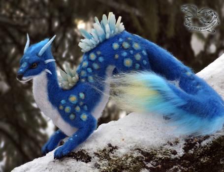 Needle felted fantasy dragon.