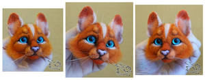 Needle felted magnet Scarletpaw