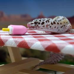 Scarlett - Staying Cool With A Yummy Treat - 6641