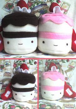 Cute Valentine Plushie Cakes