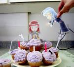 Chibis love cupcakes