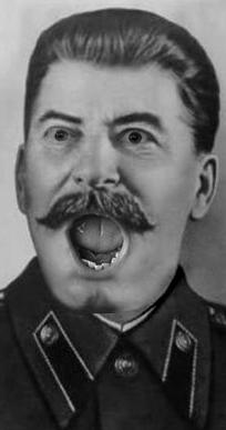 Zanimljiva istorijska predavanja Staline_surprised_by_xposedbones