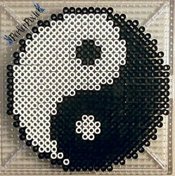 Yin and Yang by PerlerPixie