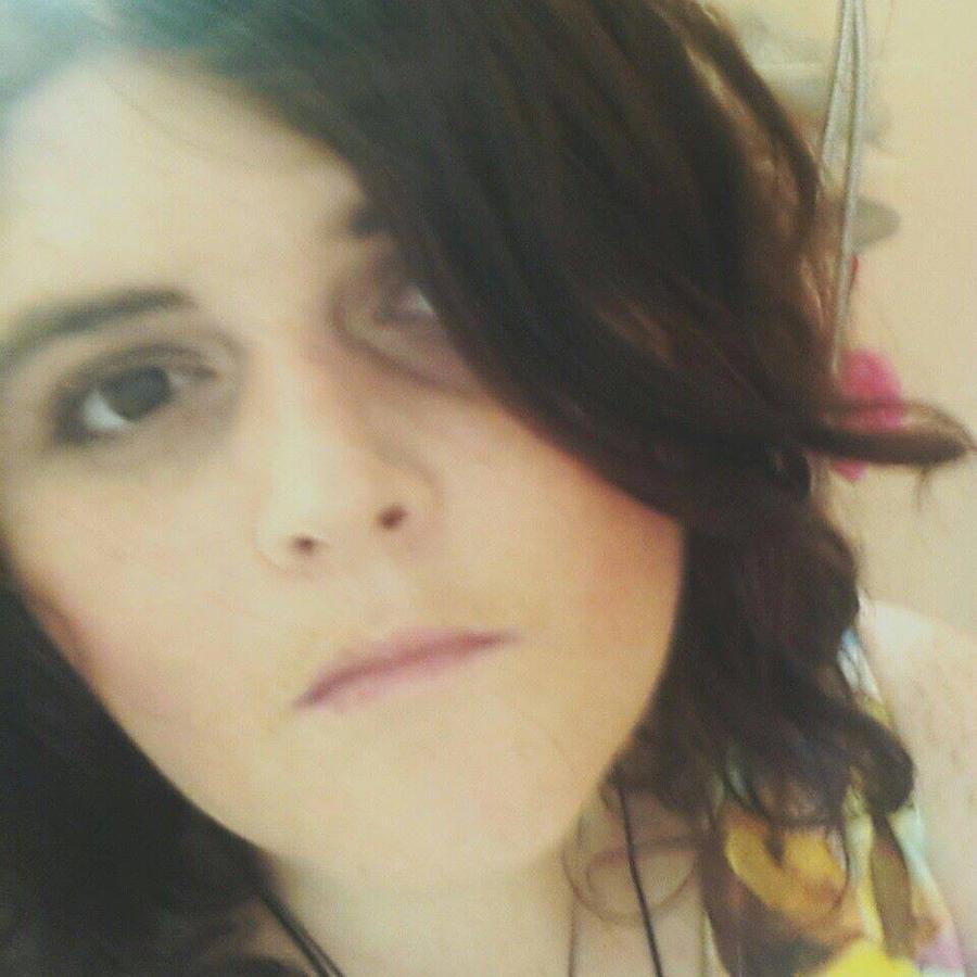 divine--apathia's Profile Picture
