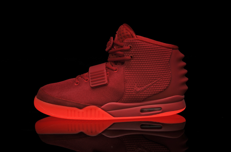 Nike Air Yeezy Glow In The Dark Shoes For Sale - Musée des ... 27a507dc0fdb9