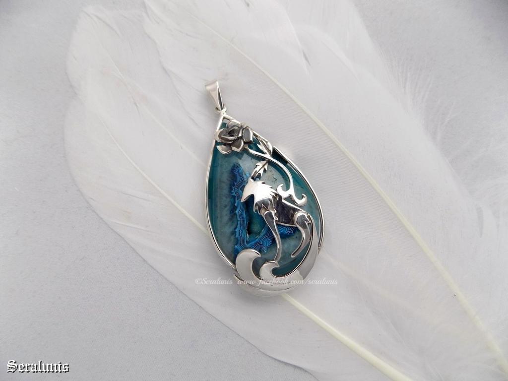 'Wild beauty', handmade sterling silver pendant by seralune