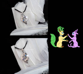 'Leafeon-Espeon and Espeon-Leafeon' pendants by seralune