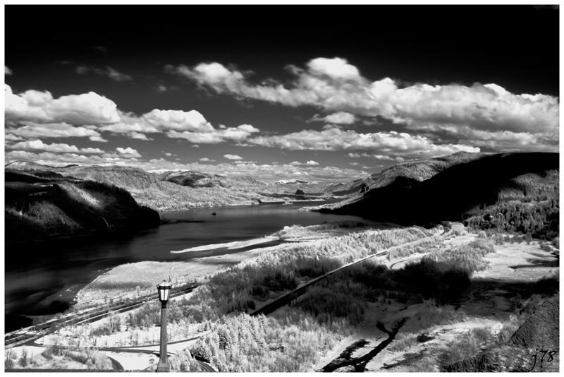 Gorge - IR by junkster78