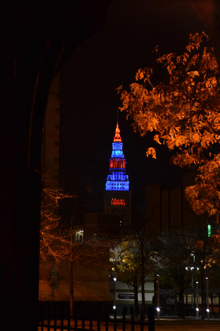Cleveland's Terminal Tower lighted for spirit day! by TomKilbane