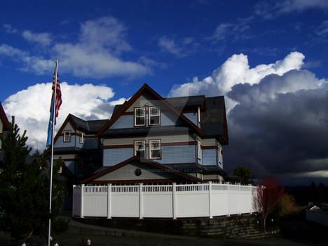 Mansion Inn Lake Stevens  blue sky