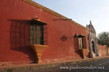 Casa d las ventanas d hierro by pedrorondon