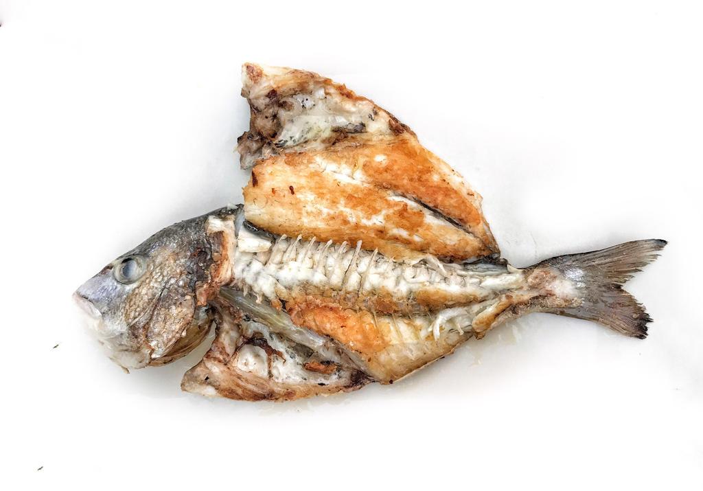 Las Cadenas Fish by micahgoulart