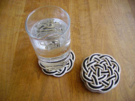 Celtic Knot Coasters by mousiedragon
