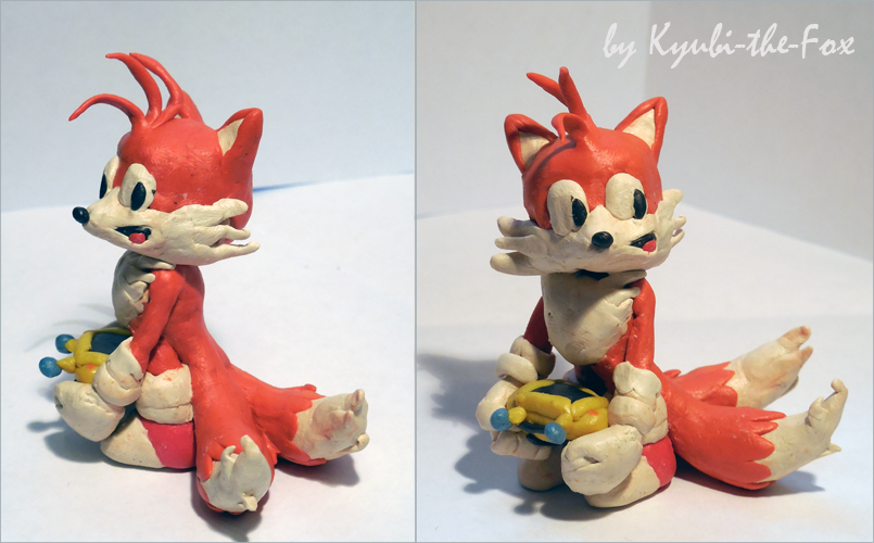 classic_tails_figure_by_kyubi_the_fox-d7