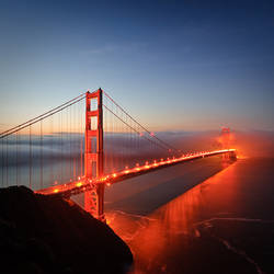 Dawn behind the Golden Gate