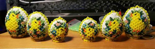 Glas bead ester eggs by Fuffe-Tuff