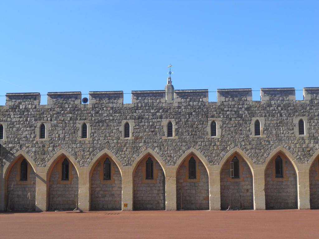 Windsor Castle 32 by VIRGOLINEDANCER1
