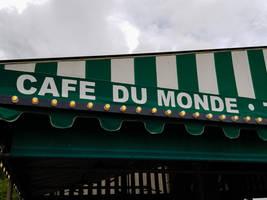 Cafe Du Monde by RenaissancePurple