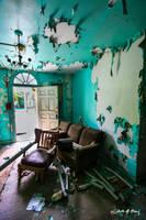 Abandoned Mental Asylum - Entryway by cjheery