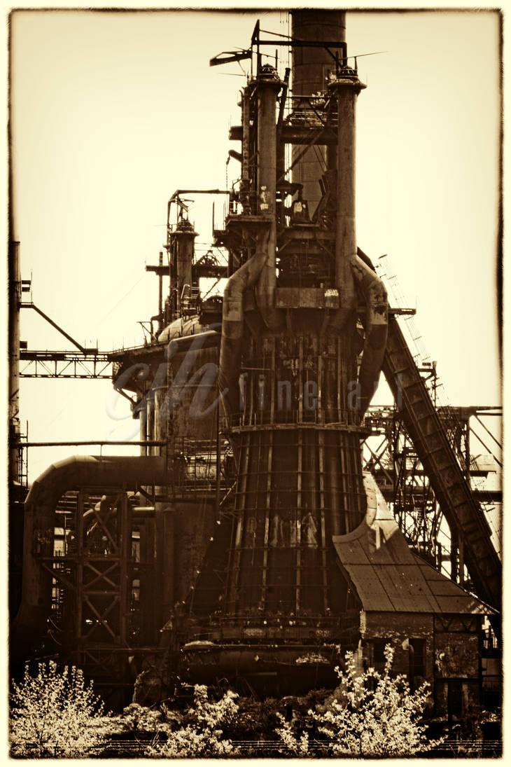 Abandoned Furnace - Furnace I by cjheery