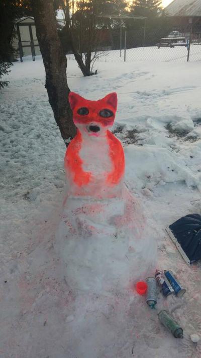 Snow fox sculpture  by SarahsArtandPhotos