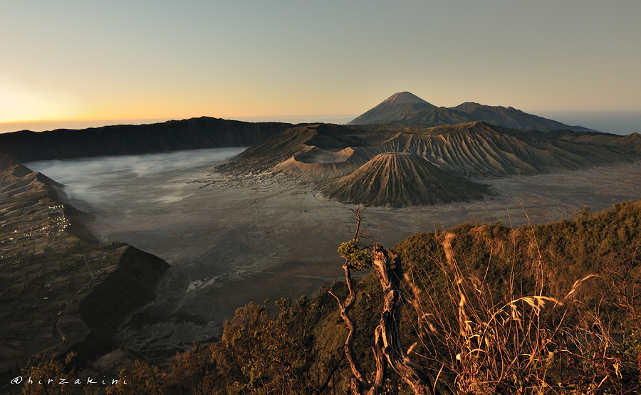 beloved Bromo by hirza