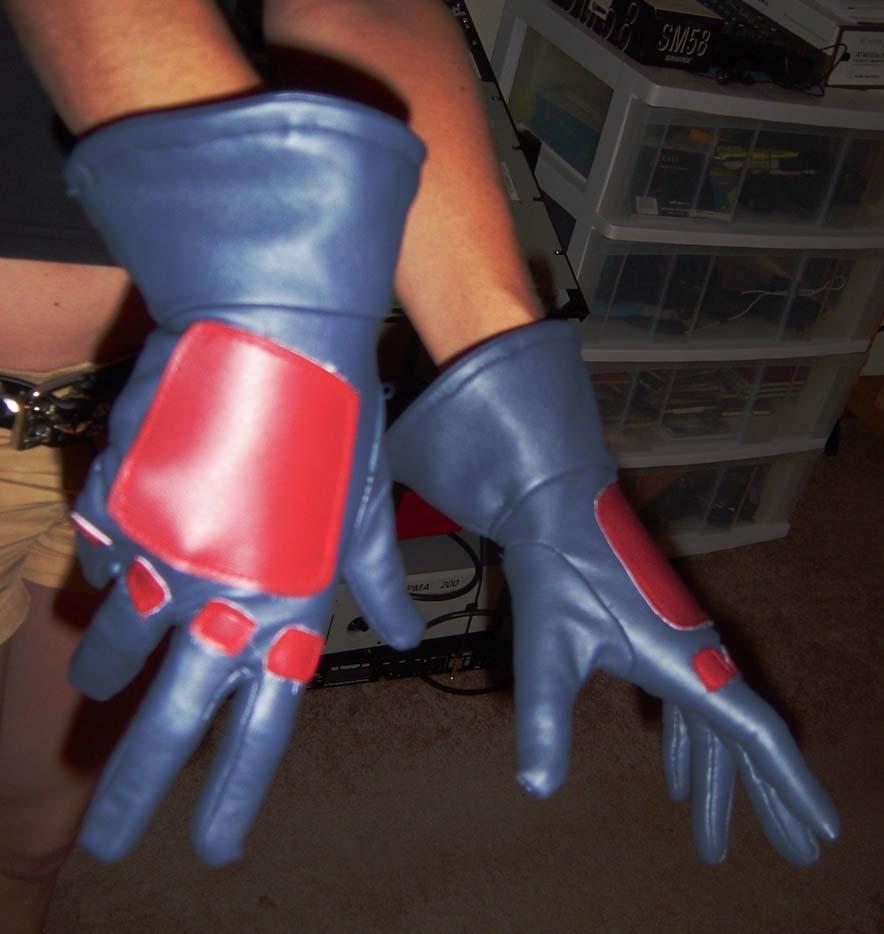 Gloves by QueenToast