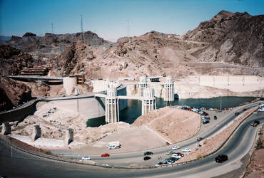 A Glimpse of Hoover Dam