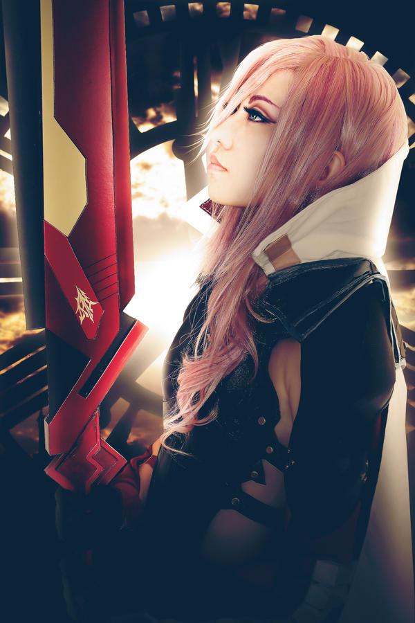 Final Fantasy XIII Lightning Returns Cosplay by Fantalusy