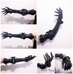 Drakengard 3 Zero Fake Arm